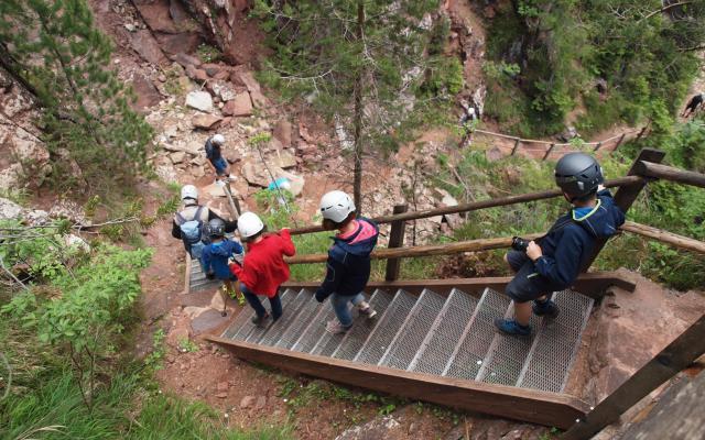Geoparc Aldein Dolomiten Südtirol Treppen