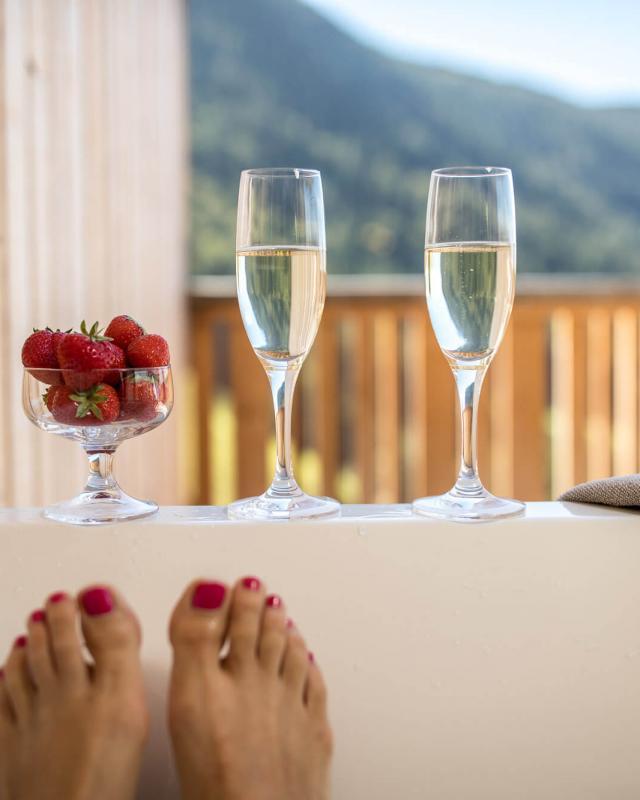 Private Whirlwanne Terrasse Ferienwohnung in Südtirol Sonnleiten