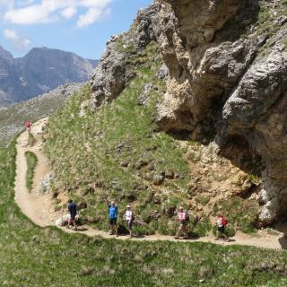 Spanndende Weg bei Wanderwoche Dolomiten Südtirol Steinegg