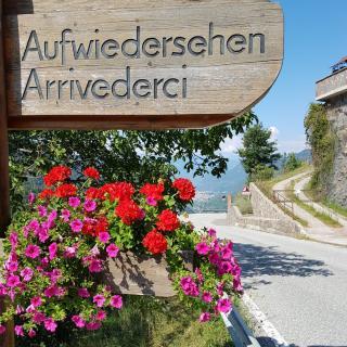 Ortschild Steinegg Südtirol
